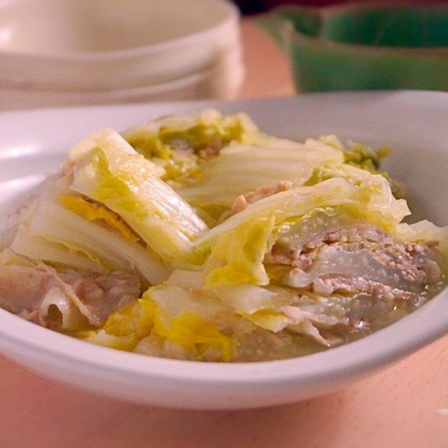 白菜と豚ばら肉のシンプル重ね蒸し