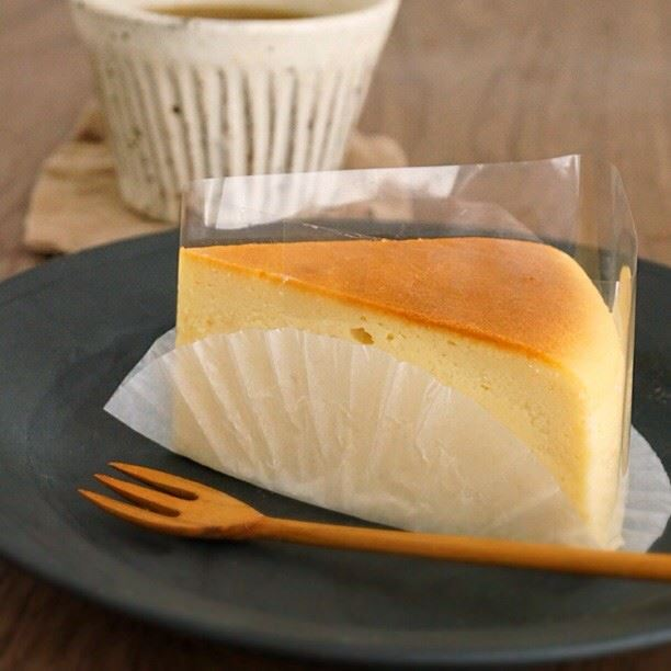 チーズケーキカット