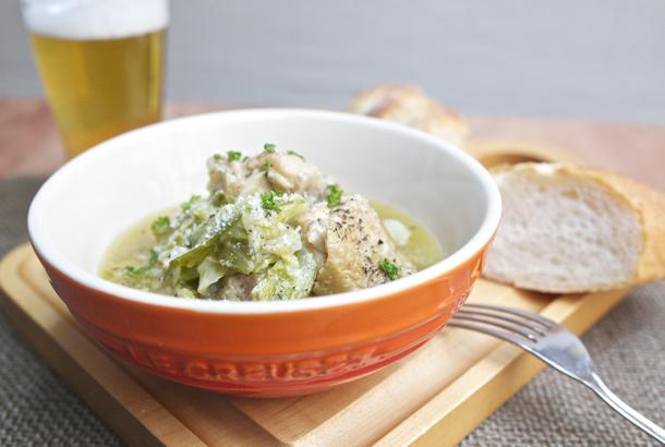 元気いっぱいのライフスタイルメディア「roomie」に、鶏肉と玉ねぎとキャベツのビール煮紹介していただきました!