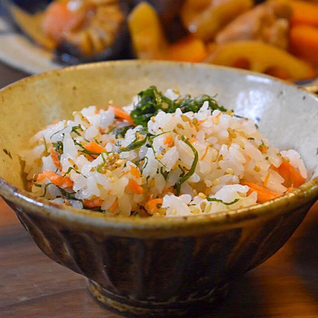鮭と大葉の混ぜご飯