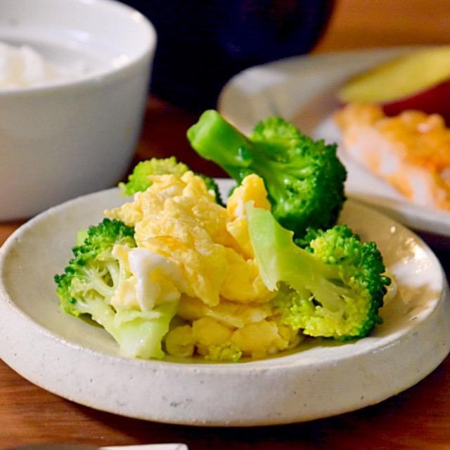 ブロッコリーといり卵のサラダ