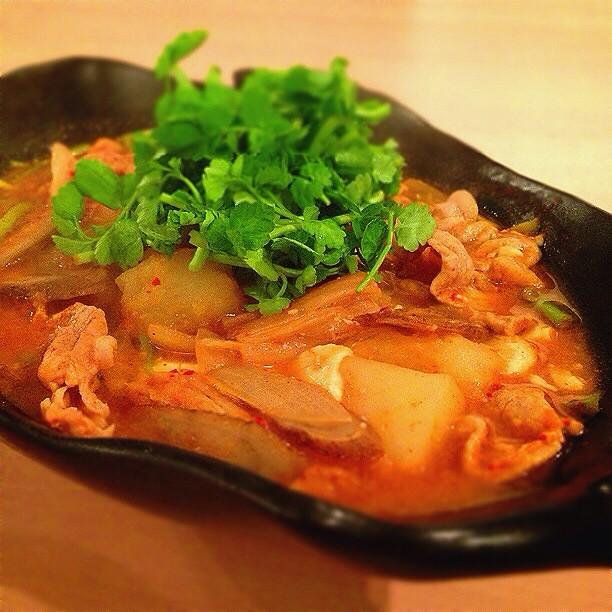 納豆が隠し味!根菜キムチチゲ